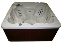Coyote Spas Hot Tub Range by Chalet Craft